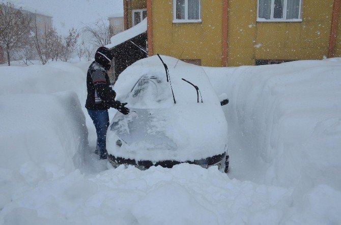 Bitlis'te 143 Köy Yolu Ulaşıma Kapalı