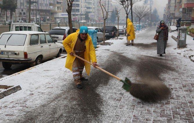 Haliliye Belediyesinden Karla Mücadele Çalışması