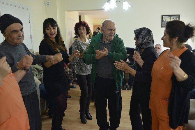 Yaşam Köyü'nde Yeni Yıl Kutlaması