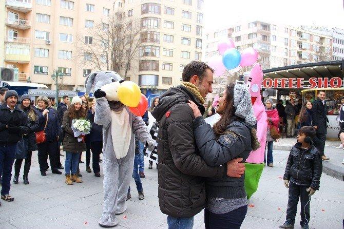 Eskişehir'de Sıra Dışı Bir Evlilik Teklifi Daha