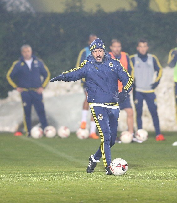 Fenerbahçe'de İkinci Yarı Hazırlıkları Başladı
