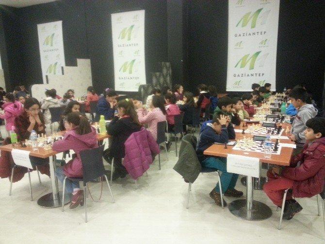Satranç Şampiyonasında GKV'lilerden Dört Birincilik