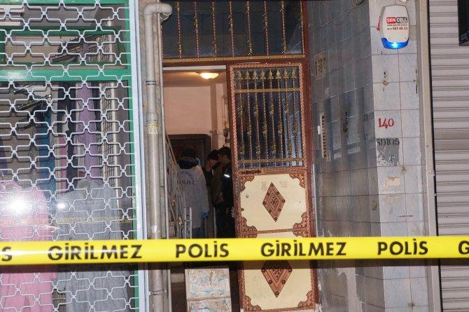 Gaziosmanpaşa'da anne ve 3 çocuğu zehirlenerek öldü