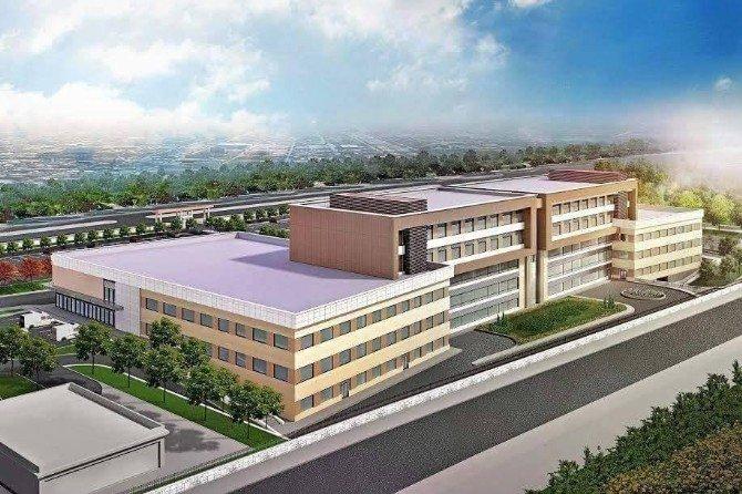 Burhaniye Devlet Hastanesi İnşaatında Yer Teslimi Yapıldı