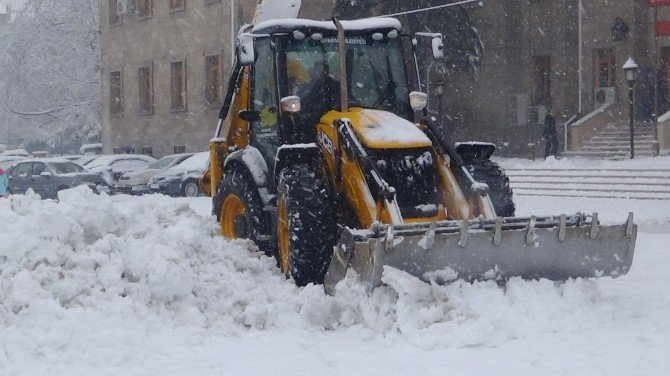 Isparta'da Kar, Hayatı Olumsuz Etkiledi