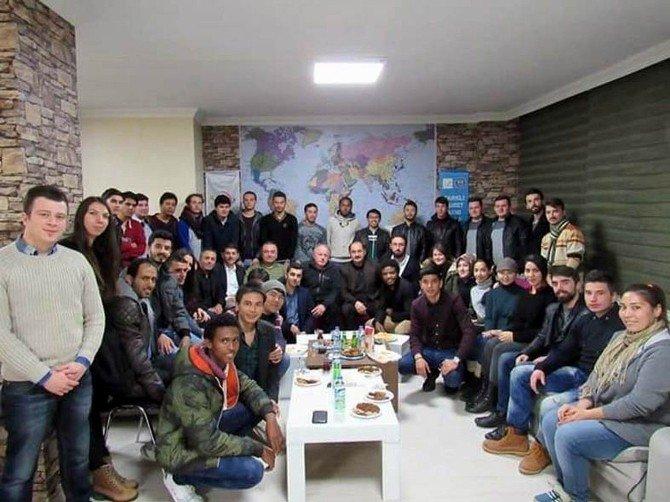 NKÜ Rektörü Şimşek'ten Tekirdağ Uluslararası Öğrenci Derneği'ne Ziyaret