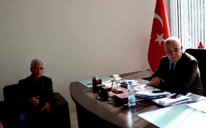 Malatyalılar Derneği Başkanı Ateş'ten Başkan Karaçelik'e Ziyaret