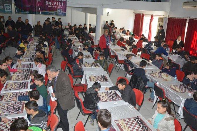 Kurtuluş kupası satranç turnuvası sona erdi