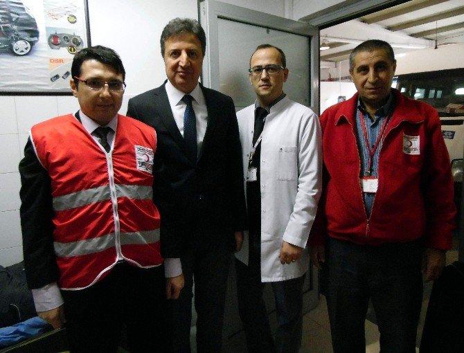 Otomotiv Firması Kazalarda Oluşan İhtiyaca Dikkat Çekmek İçin Kan Bağışladı