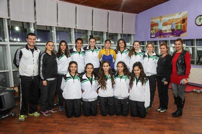 Şehitkamil Bayan Basketbol Takımı Hedef Büyüttü