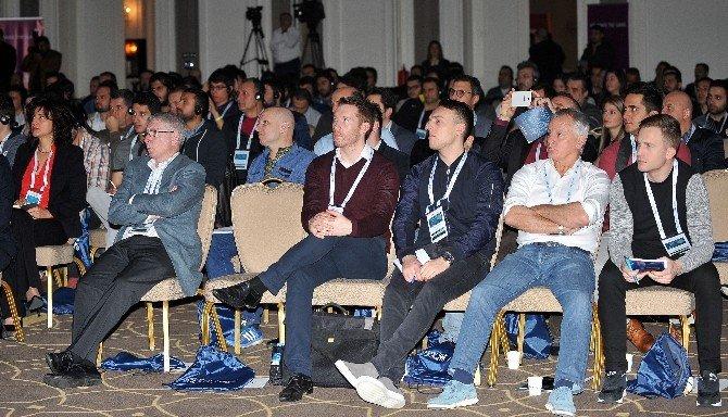 Uluslararası Futbol Bilimleri Konferansı Belek'te Başladı