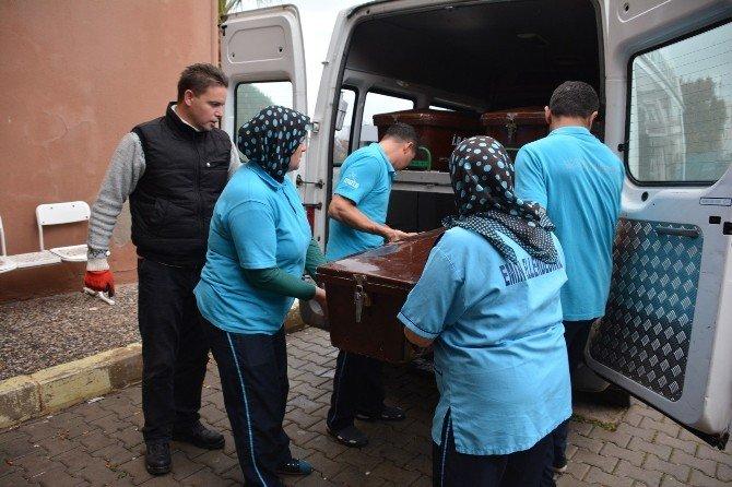 Dikili'de 5'i Çocuk 7 Kişinin Cesedi Sahillere Vurdu