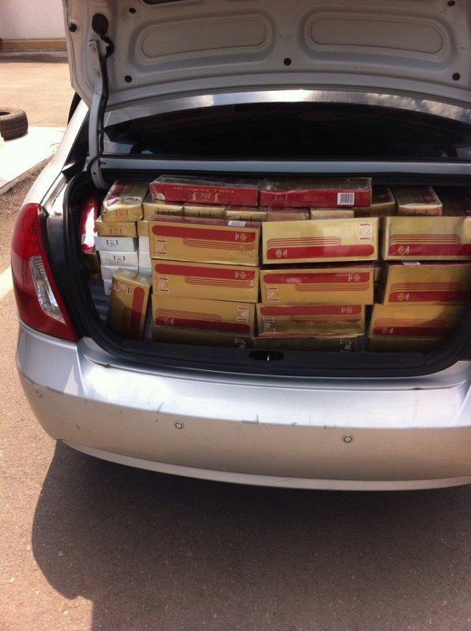 Adana'da 107 bin 300 paket kaçak sigara ele geçirildi