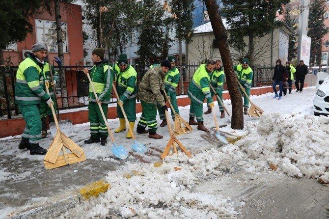 Adıyaman'da Kar Temizleme Çalışmaları