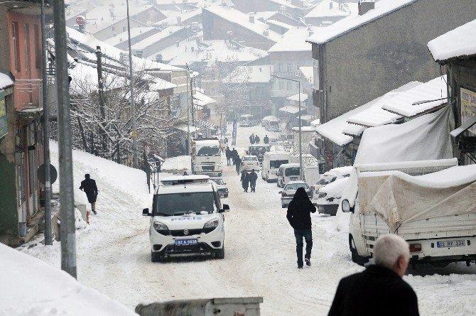 18 Köye Ulaşım Sağlanamıyor