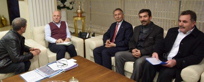Hınıs-karaçoban Derneği'nden Başkan Sekmen'e Hizmet Teşekkürü