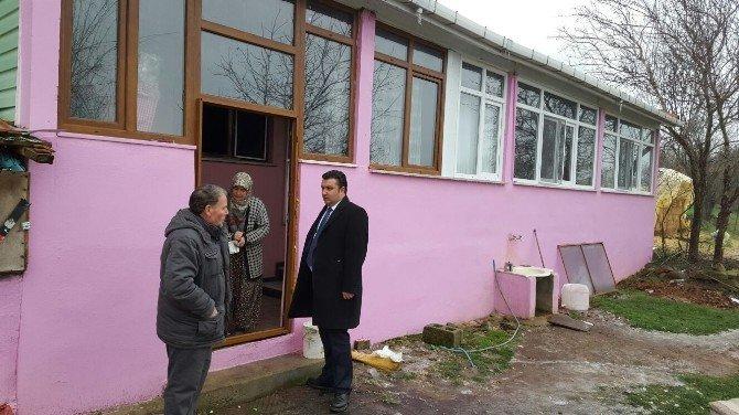Başkan Yurdakul'dan Evi Yanan Aileye Ziyaret