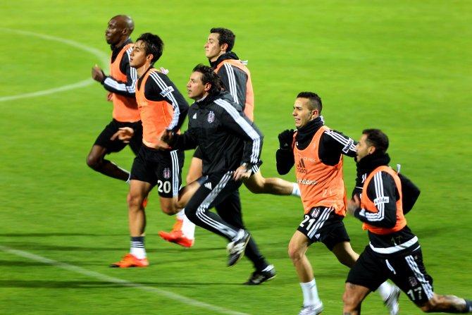 Beşiktaş, Antalya'da hazırlıklarına devam ediyor