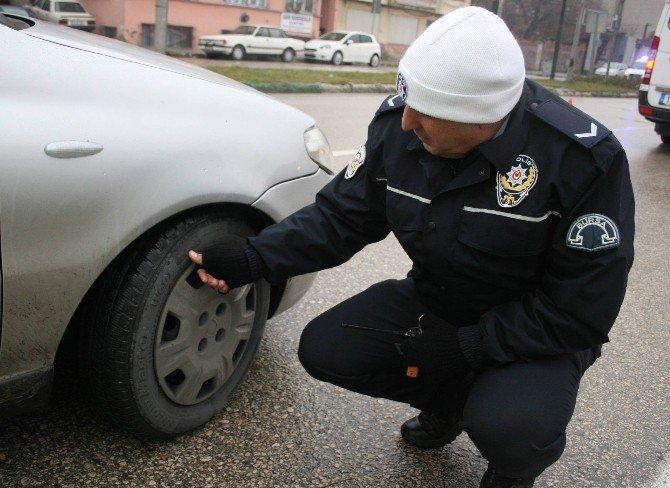 Kar Lastiği Taktırmayan Ticari Araçlara Ceza Yağdı