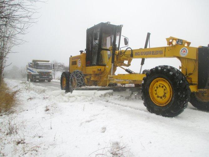 Çameli'nde kar temizleme çalışmaları başladı