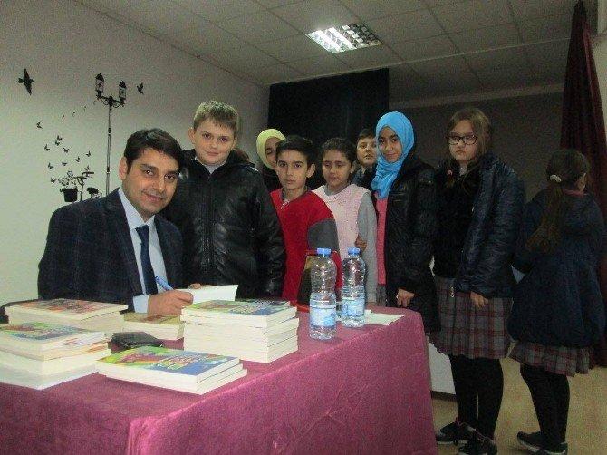Eğitimci Yazar-şair Kumtepe Öğrencilerle Buluştu
