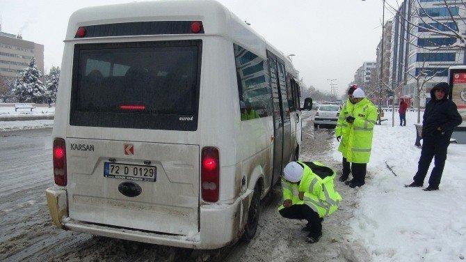Trafik Ekipleri Kış Lastiği Denetimi Yaptı
