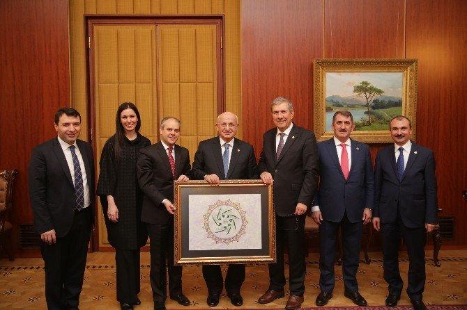 Samsun Heyetinden TBMM Başkanı Kahraman'a Ziyaret