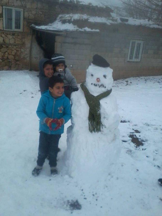 Kahta'da okullara kar tatili