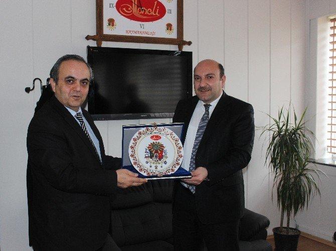 Şeyh Edabali Üniversitesi Rektörü Özcan'dan Osmaneli'ye Veda Ziyareti