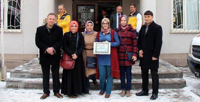 2015 Yılı 2. Dönem Özdeğerlendirme Sonuçlarına Göre Birinci Olan Yahyalı Acil Sağlık Hizmetleri İstasyonuna Teşekkür Belgesi Verildi