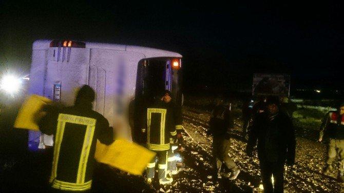 Konya'da Trafik Kazası: 5 Ölü, 25 Yaralı