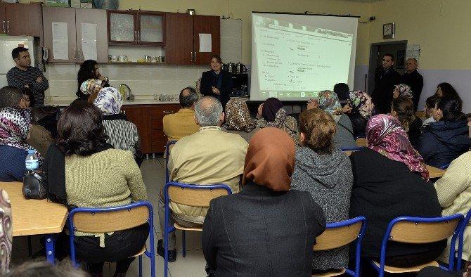 Engeller Aile Eğitim Programı İle Aşılıyor