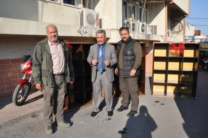 Tarsus'ta yakılan okula avcılardan destek
