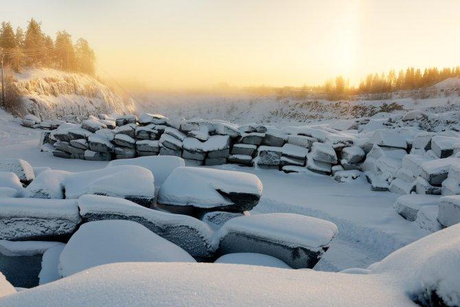 Da Vinci'nin Haliç için çizdiği köprüyü Finlandiya'da buzdan yapıyorlar