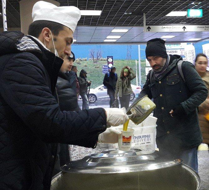 Başkan Murat Aydın'dan Vatandaşlara Çorba İkramı