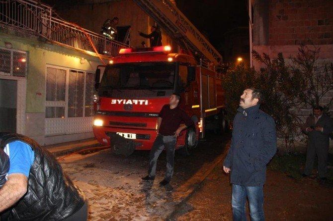 Sındırgı'da Korkutan Yangın