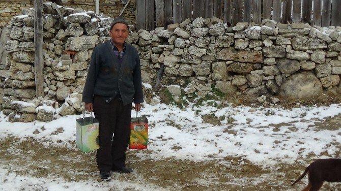 Bursa'da Lağım Giderleri Dondu, Su Boruları Patladı