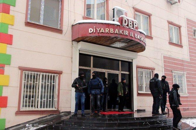 DBP'ye Polis Baskını