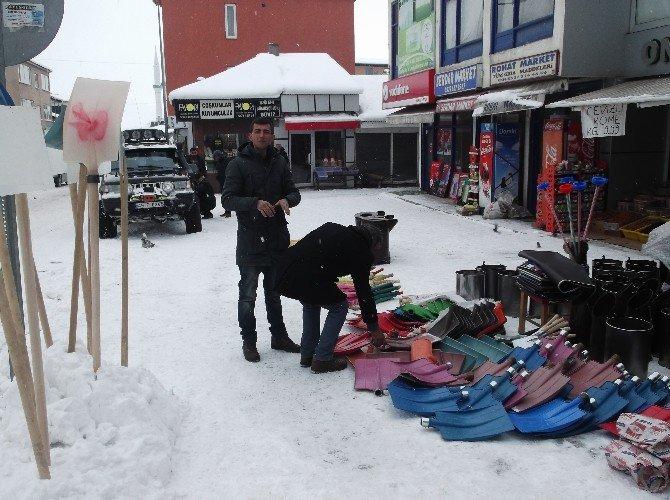 Varto'da Kar Kürekleri Satışında Artış