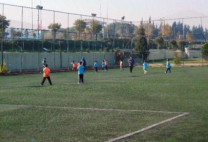 Yunusemre'den Futbol Turnuvası