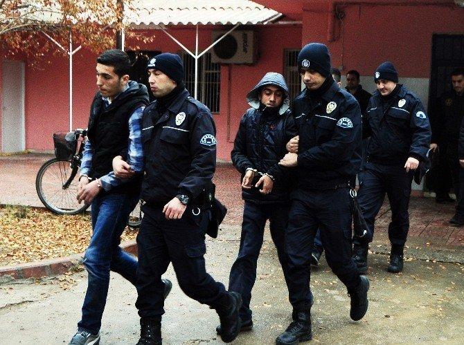 Market Yağmalayıp Yakan PKK'lıların 7'si Tutuklandı