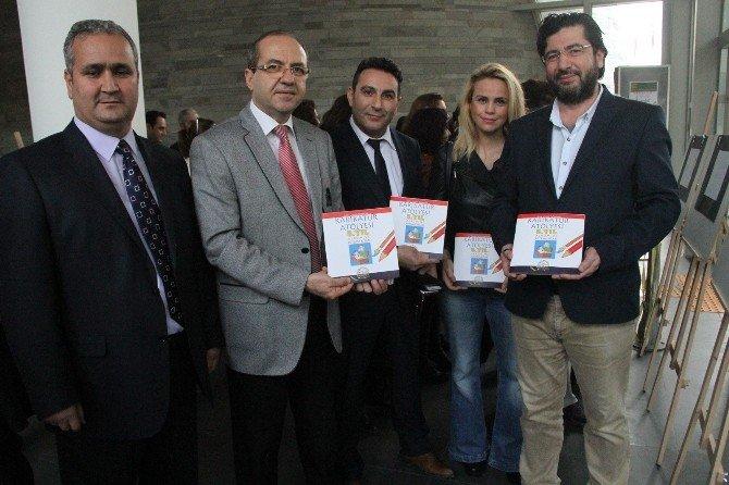 Akhisar Belediyesi Karikatür Atölyesi 5'inci Yıl Sergisi Açıldı