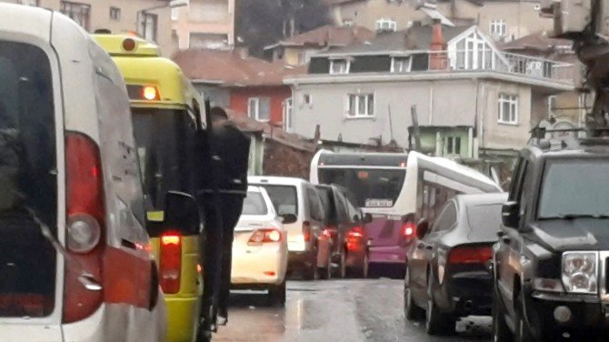 Minibüsteki Tehlikeli Yolculuk Kamerada