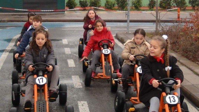 Atatürk İlkokulu Öğrencileri Trafik Eğitimi Aldı