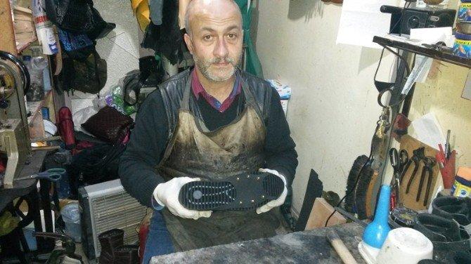 Bartınlı Ayakkabıcı 'Çivili Takmatik' İmal Etti