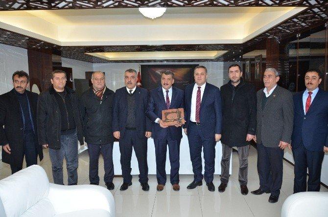 Baskil Belediye Başkanı Akmurat, Başkan Gürkan'ı Ziyaret Etti