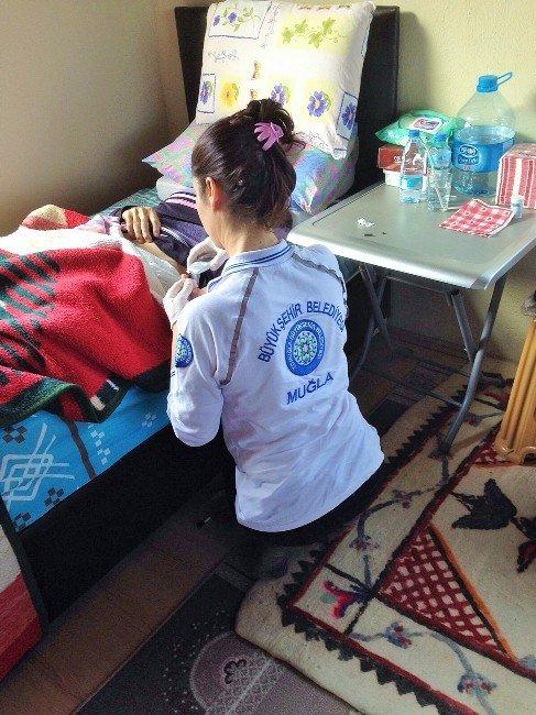 Evde Bakım Hizmetleriyle 22 Bin 500 Tıbbi Müdahale Yapıldı