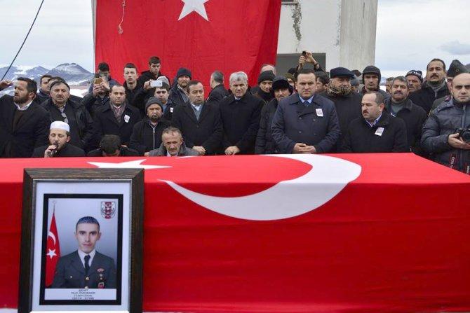 Şehit Uzman Çavuş Özdemir, son yolculuğuna uğurlandı