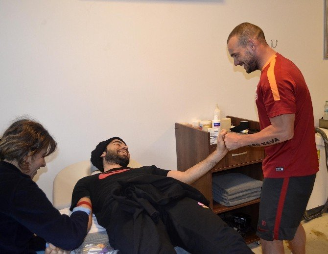 Galatasaray İkinci Yarı Hazırlıklarını Sürdürdü