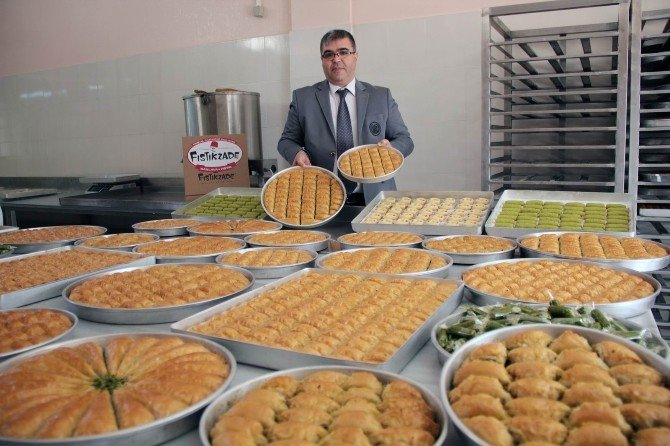 Fıstıkzade'den Gastronomi Ödülüne Tabelalı Destek